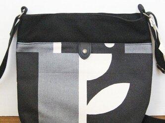 帆布ショルダーバッグ(アリタマサフミ・カゲツ黒)の画像