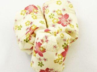 お手玉 桜柄のたわら型/きなり 3つセットの画像