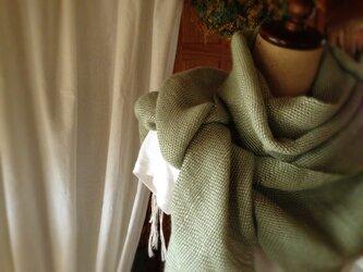 手織りリネンストール「The Veil of Angel」緑の画像