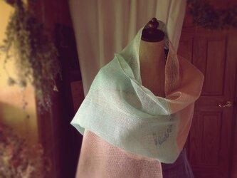 手織り リトアニアリネン糸のストールの画像