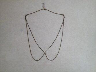 つけ襟のネックレスの画像