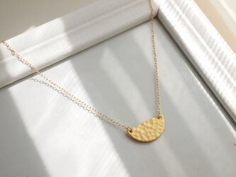 Necklace half moon plateの画像