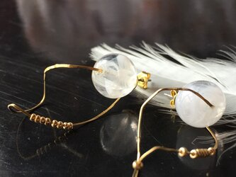 【noilmok】twisted  white~imitation feather~の画像