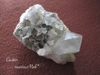 水晶クラスター240gの画像