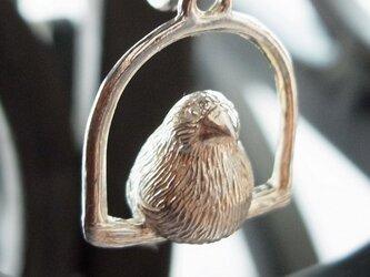 ブランコ文鳥のペンダントの画像