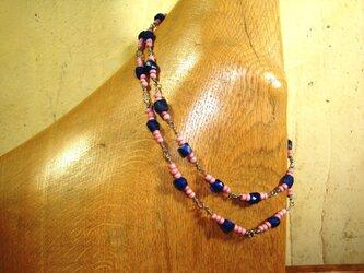 ハンドメイド アンティークとんぼ玉 チタンコードネックレス ロシアンブルー&ピンクマサイの画像