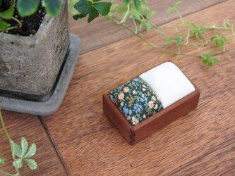 針山(マコレ材/緑小花+生成)の画像