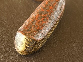 カヌー型のネックレスの画像