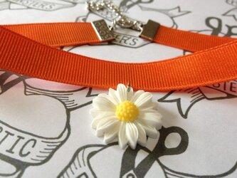 マーガレットチョーカー オレンジの画像