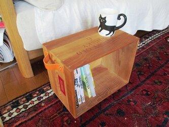 【新作】ウイスキー木箱を使った動くサイドテーブルの画像