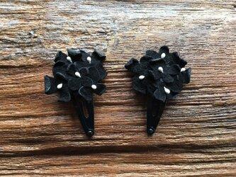 革花のブーケスリーピン 2個セット ブラックの画像