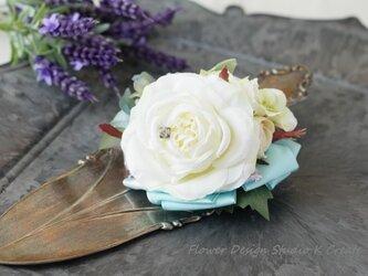 ウェディングに♡白い薔薇と紫陽花のヘアクリップの画像