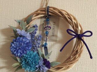 ミニミニ花火柄風鈴付き マムのブルー・リース Sの画像