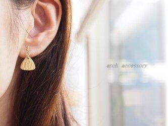 Earrings triangle plateの画像
