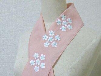 手刺繍半襟*花環の画像