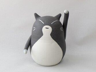 招き猫(中・左手) / 陶器の招き猫、お客さんや友達など人を招くといわれる左手あげの画像
