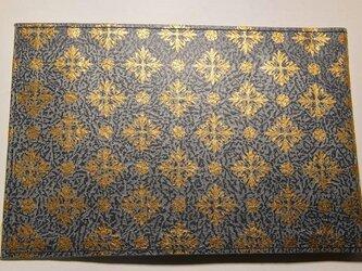 ギルディング和紙ブックカバー 洋花紺地金箔の画像