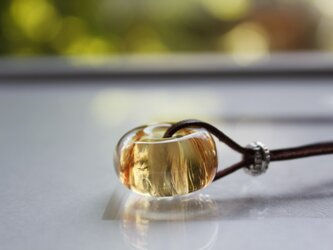 蜻蛉玉の革紐ネックレス〈陽炎/橙〉〈A-12〉の画像