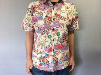 半袖和柄シャツ(折鶴に毬と花模様)の画像