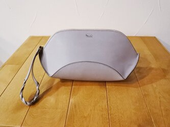 la culla  バッグinバッグにもちょうど良いコロンと可愛いクラッチバッグ グレーの画像