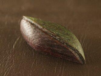 葉っぱのブローチ  B8の画像