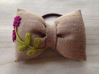 リボンのヘアゴム☆刺繍☆flower purpleの画像
