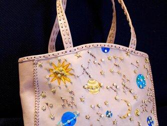 星座のヌメ革ビジューショルダーバッグの画像