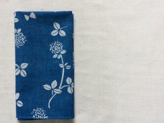藍染 ハンカチーフ  「花降る日」の画像