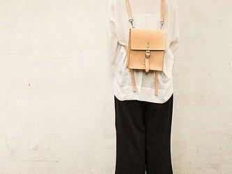 本革手作りの女性のバックパック(MD009001)の画像