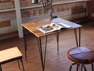 カフェテーブル パイン天板エイジング加工の画像