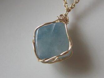 糸魚川産の青翡翠ネックレスの画像