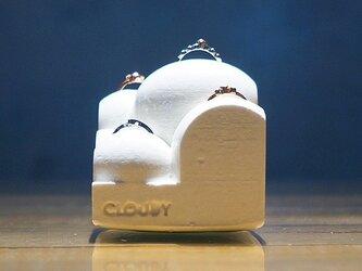 """小さな雲の指輪スタンド。 """"CLOUDY""""(クラウディ) ホワイトの画像"""