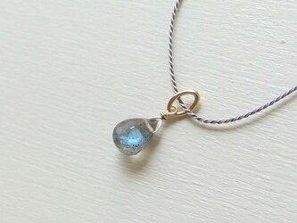 ラブラドライトのシルク糸ネックレス(14KGF)の画像