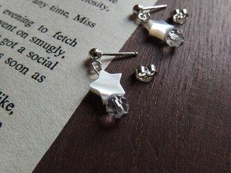 【silver925】星と水晶のキャッチピアスの画像