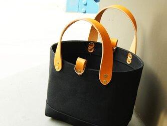 革の持ち手の6号帆布のトートバッグ~黒~の画像