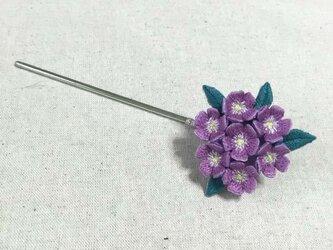 手刺繍かんざし*紫花の画像