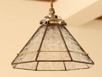 ケルティックガラスのペンダントライトの画像
