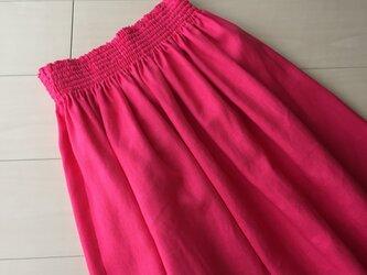 色で遊ぶ ピンク リネン マキシスカート の画像