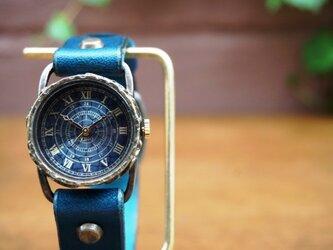 クラック ワールド ローマ Sサイズ 真鍮 ブルー 手作り腕時計の画像