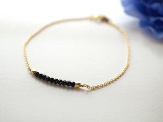 華奢なブラックスピネルブレスレット Noir Spinel bracelet B0015の画像