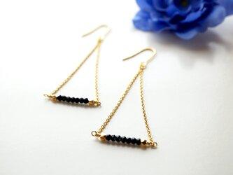 ブラックスピネルピアス Noir Spinel earrings P0026の画像