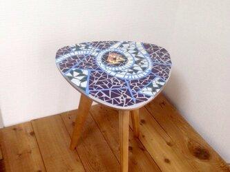 モザイクタイル三脚 サイドテーブルの画像