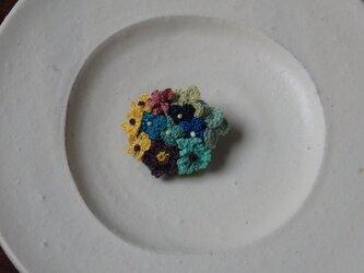 野の花ブローチ ブルーの画像