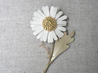 Daisy ブローチ Whiteの画像