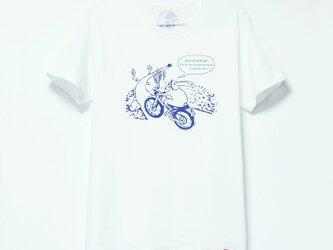 ウサギくんのTシャツ white x navyの画像