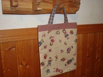 綿生地であしらえたシンプルバッグ、現品のみです。の画像