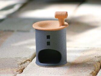 【予約販売】アロマ&茶香炉(煙突おうち)- タイプA(クロ)※抗菌や消臭、風邪予防にも◎の画像