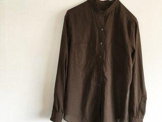ベーシックなスタンドカラーのシャツ(o-to-022)の画像