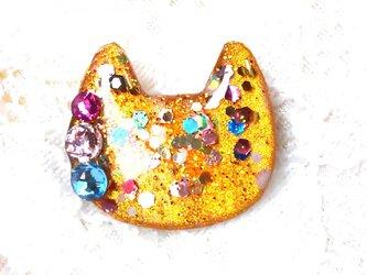 猫型ラメブローチゴールドの画像
