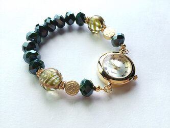 -green-ガラスビーズ・ゴールドパーツの腕時計の画像